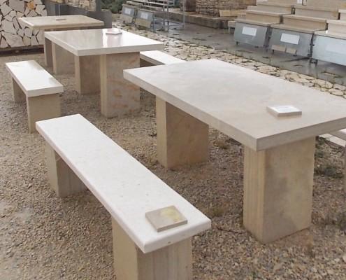 AKCIJA_30_na_izložbene_kamene_stolove_klupe1